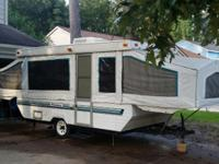 1995 Palomino Mustang Pop-up camper. 12 ft box takes