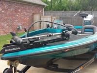 1995 Ranger Comanche 487VS with a 1995 Mariner 200 EFI,