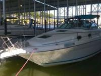 - Stock #079352 - This is a 1995 Sea Ray 270 Sundancer