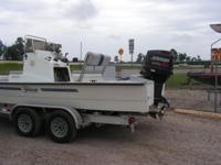 1995 Shoal Water w/ 150hp Johnson, tunnel hull, live