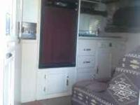 "95 Sundowner Horse Trailer 102"" WIDE 32 ft. full living"
