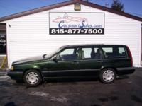 *** WARRANTY AVAILABLE *** a ONE OWNER Volvo WAGON that