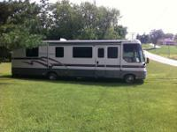 Winnebago Vectra in excellent shape. 92,000 miles,7.4L