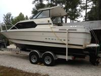 Type of Boat: Cruiser Year: 1996 Make: Bayliner Model: