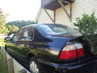 Black 1996 Honda Accord runs good, looks good. No title