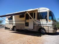 Bounder Motorhome by Fleetwood, Chevrolet Workhorse