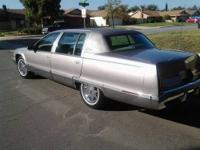 FOR SALE IS A 1996 CADILLAC FLEETWOOD BROUGHAM. THIS