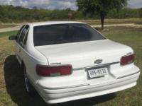 White 96' Caprice Classic v8 very good condition