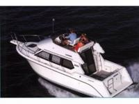 1996 Carver 280 Sedan Bridge This cabin cruiser is