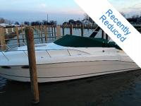 34 Ft 1996 Celebrity w/twin 5.7 mercs Sport Cruiser