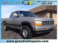 1996 Dodge Dakota Extended Cab Pickup - Short Bed SLT