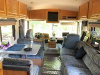 29 FOOT MOTOR HOME IN EXCELLENT CONDITION.  LOW
