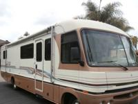 .....,,RV sleeps 6, tons of storage! Leather captain