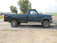 Options Included: N/AThis truck can do it all. 5.8L 351