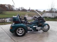 OFFERING DUE TO HEALTH REASONS. 1996 HONDA GOLDWING SE