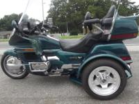 1996 GOLDWING TRIKE ONLY 68,000 MILES ALL THE BELLS AND