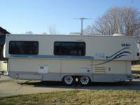 Fold down Travel Trailer, Slide Out, A/C, Awning,
