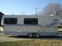 Single Slide Out Classic Travel Trailer w/Rear Queen