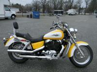 1996 Honda SHADOW AERO 1100 YELLOW AND WHITE ONLY 32916
