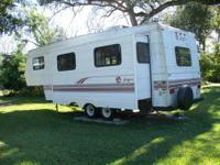 Very nice Jayco Eagle 26 foot with slideout, awning,