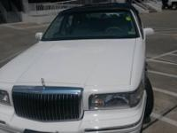 correct 1996 Lincoln town car signature special