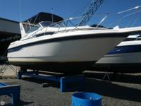 This Monterey 276 Cruiser is a well-styled cruiser. The