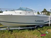 For sale: 1996 Seaswirl 2600 Walk-Around. In board Ford