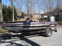 1996 STRATOS BASS BOAT HAS 90 HP HONDA 4STROKE ENGINE