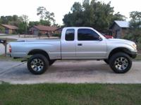 1996 Toyota Tacoma 4wd extended cab v-6 auto, super