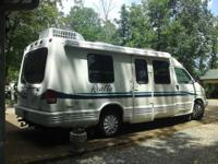 1996 Winnebago Rialta Motorhome 22FD w/twin beds. This