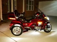 1996 Goldwing Trike SE Well Maintained with lots of
