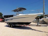 This 1997 25' Ranger Center Console boat is powered by