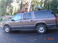 1997 Chevrolet 1500 Suburban 4x4 Taupe color, Tan