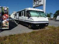 1997 Airstream Land Yacht This Class A recreational