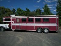 1997 BEE 4 H SLANT HORSE TRAILER FOR SALE. WEEKENDER