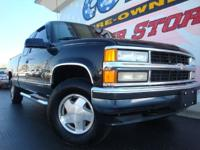 Options Included: 4WD Or AWD, Aluminum/Alloy Wheels,