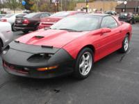 Exterior Color: red, Body: Coupe, Engine: 5.7L V8 16V