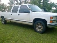 1997 Chevrolet 3500 crew cab ext bed pickup. 350 gas