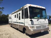 1997 Coachman Santara RV Motor Home Camper, Ford