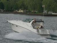 1997 Crownline 330 CR Mid-cabin Express Cruiser with