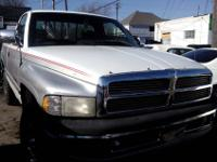 1997 Dodge Ramv8 automatic4x4 runs and drives a1great