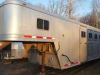 1997 Featherlite 6 Horse trailer with Living quarters.