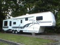 1997 Fleetwood Avion Westport 5th Wheel This lovely