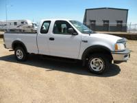 1997 Ford F150 XL 4X4, 4.6 V8 Auto, 3rd door , Air,
