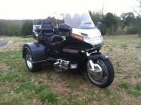 1997 HONDA GOLDWING GL1500 SE TRIKE BY MOTOR TRIKE.