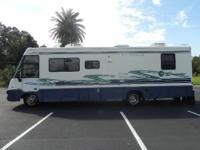 1997 ITASCA SUNCRUISER IS IN VERY GOOD CONDITION !!