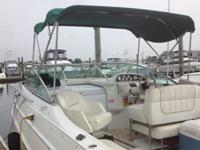 1997 Larson 270 Cabrio for sale. It is in excellent
