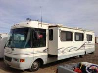 1997 National RV Tropical This Class A recreational