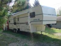 1997 Newmar American Star 5th Wheel This 33 foot 5th