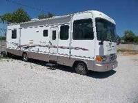 1997 Newmar Dutch Star Class A This 33 foot RV has
